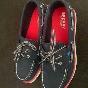 BRAND NEW SPERRY boys boating shoes / loafers